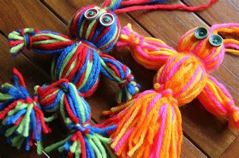 simple  sweet yarn dolls allfreekidscraftscom