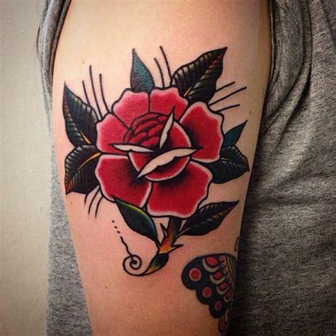 motive frauen die besten 25 oberarm frau ideen auf oberarm frau frau arm tattoos