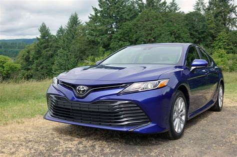 2018 Toyota Camry is finally designed with emotion - Roadshow