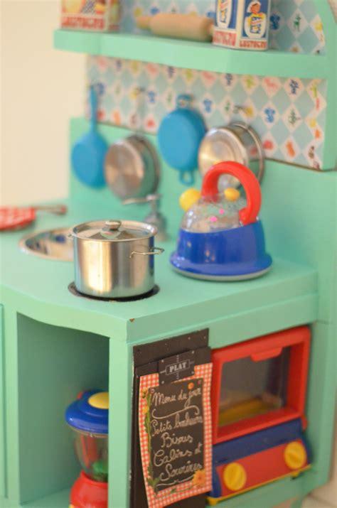 fabriquer une cuisine en bois fabriquer une cuisine en bois pour enfant fabriquer