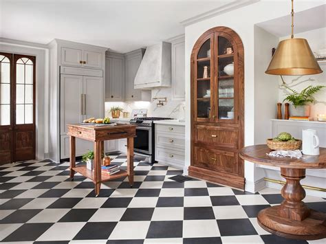 wood and white kitchen cabinets hgtv fixer decor scrivano tudor get the look 1927