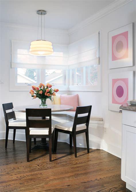 table coin cuisine créer un beau décor avec une table dans le coin de la