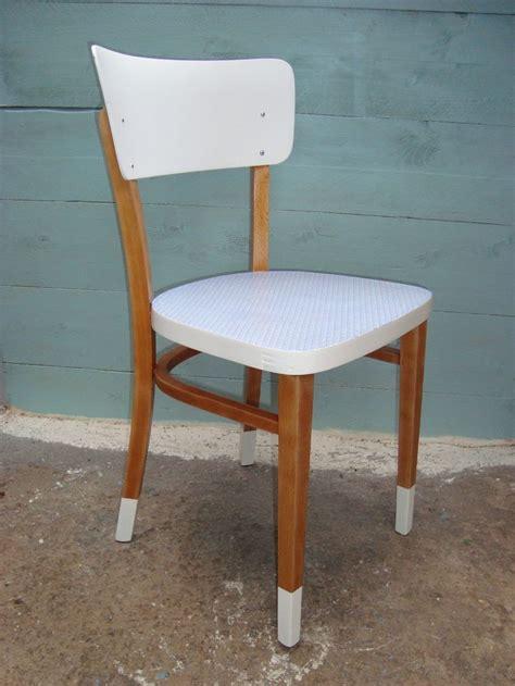relooker chaise 17 meilleures idées à propos de relooking de chaise sur