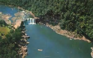 Cumberland Falls Kentucky Waterfalls