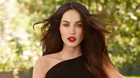Megan Fox New Celebrities Wallpapers Images