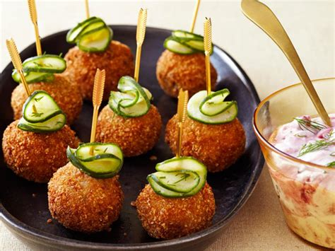 easy and elegant holiday appetizer recipes food network holiday recipes menus desserts