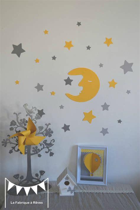 deco chambre gris et jaune stickers décoration chambre enfant fille bébé garçon lune