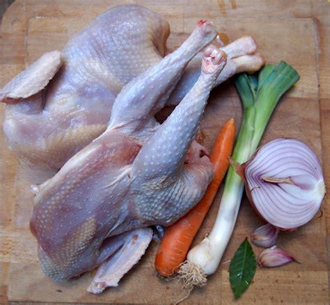 cuisiner une poule poule braisée cuisiner en paix