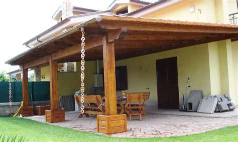 costo tettoia in legno illuminare un soffitto con travi a vista lade per