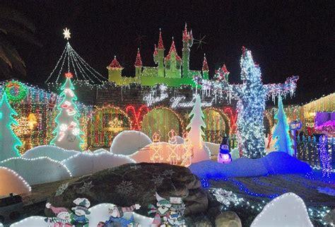 home christmas lights scottsdale arizona scottsdale s chris birkett wins great light fight new times