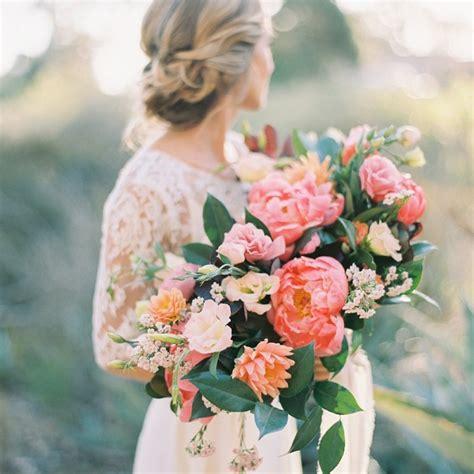fresh peony wedding bouquet ideas brides