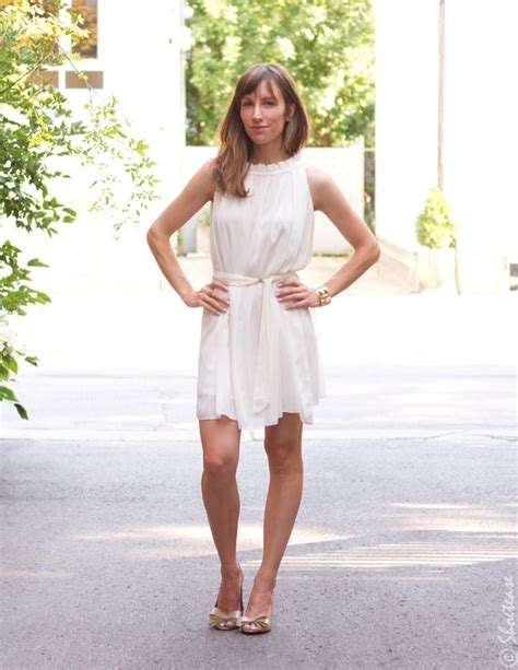 what color shoes to wear with a white dress shoes to wear with white dress
