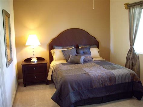 The Bedroom Decorating Ideas by Bedroom Decorating Ideas For Small Bedrooms Design