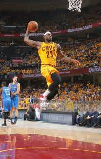 Cleveland Cavaliers LeBron James Dunk