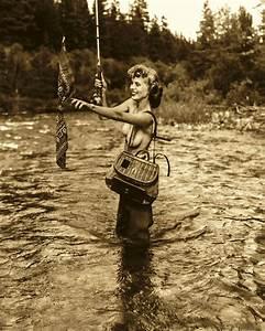 Nude Girl Fly Fishing - Hot Girls Wallpaper