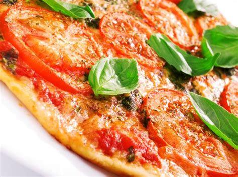 Best 25+ Mediterranean Pizza Ideas On Pinterest