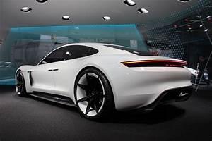 Porsche design chief talks about the Mission E conceptVideo