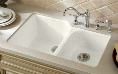 Traditional Kitchen Sinks