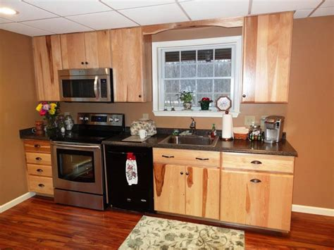 color schemes for kitchens with cabinets color schemes for kitchens with hickory cabinets doma