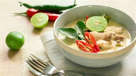 tom kha suppe tom kha gai thai coconut milk soup geller