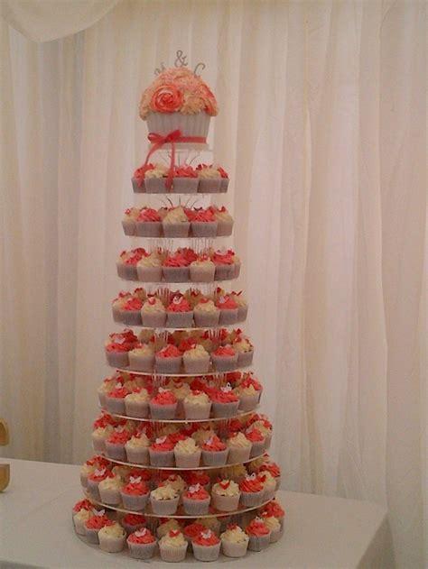 coral  white cupcakes  coral  gray wedding