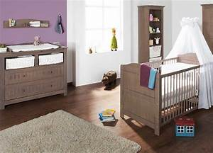 chambre bebe lit et commode jelka en pin massif couleur With chambre bebe pin massif