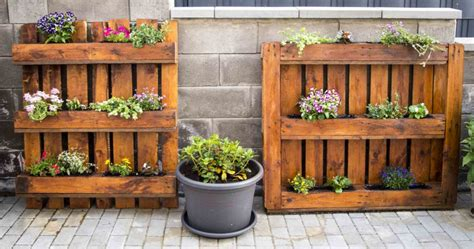 Garten Gestalten Mit Paletten by Anleitung Blumenkasten Aus Paletten Paletten Upcycling