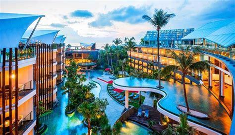 travelingyukcom summertime   hotel  kolam