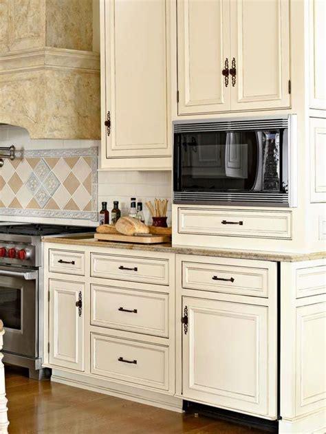 kitchen cabinet president best 25 beige cabinets ideas on beige kitchen 2686