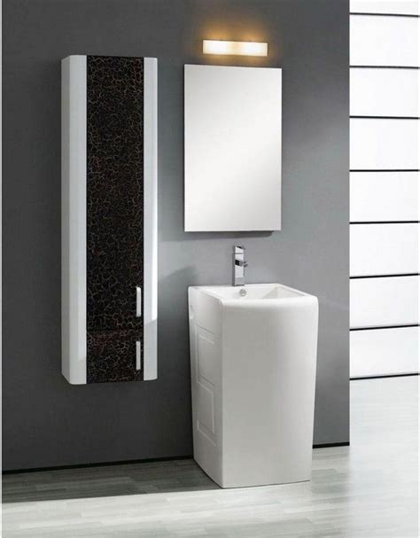 tiny sinks for tiny bathrooms 17 best images about pedestal sinks for small bathrooms on