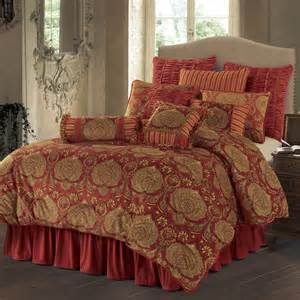 lorenza 4 pc comforter set hiend accents bedding lorenza luxury bedding collection