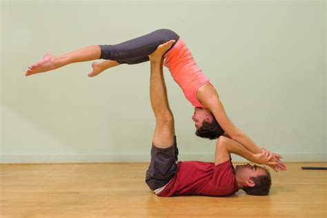 5 Reasons To Practice Partner Yoga With The One You Love