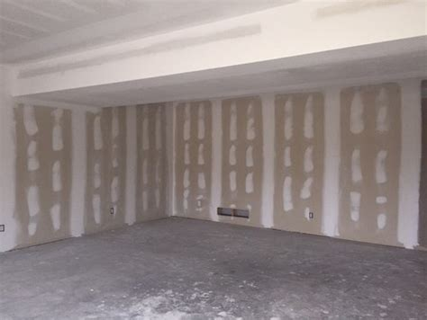 what color should i paint the ceiling ductwork