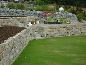 Natursteinmauern Im Garten : mauerbau natursteinmauern garten und landschaftsbau ~ Sanjose-hotels-ca.com Haus und Dekorationen