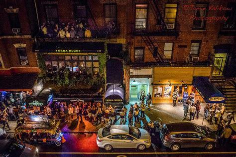4 Best Streets For Bar Hopping In Manhattan New York City