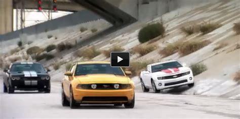 Mustang Vs Camaro Drag Race by New School Drag Race Mustang Vs Camaro Vs Challenger
