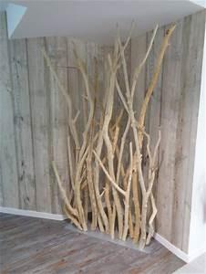 Branches Deco Interieur : mur v g taux stabilis s et paravents en bois flott et en troncs de bouleaux ~ Teatrodelosmanantiales.com Idées de Décoration
