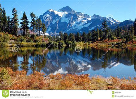 Picture Lake At Mt. Baker Stock Image. Image Of Lake
