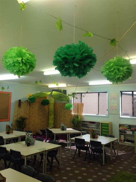 year  jungle safari themed classroom jungle theme