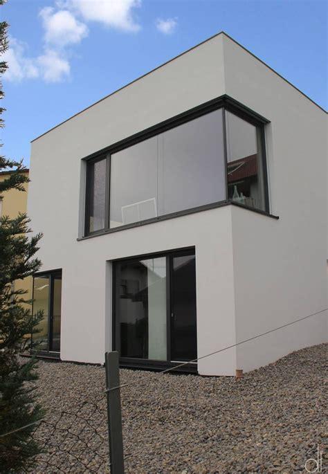 Moderne Häuser Schwarz by Kleines Wohnhaus In Schwarz Wei 223 Kleines H 228 Uschen