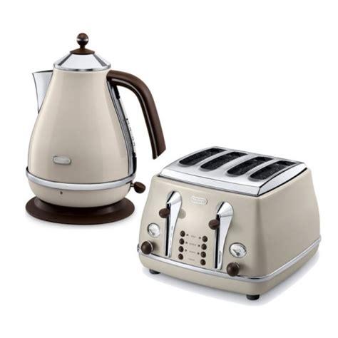 kettle and toaster sets delonghi icona vintage kettle toaster set