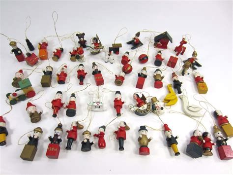vintage lot of wooden miniature mini christmas tree