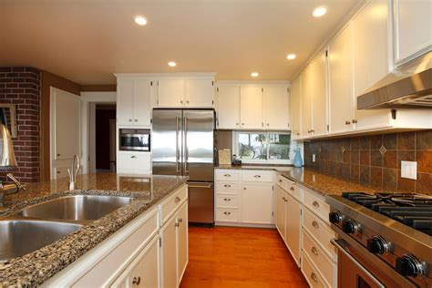 warm flooring for kitchen 36 custom quot bright airy quot contemporary kitchen designs 7000