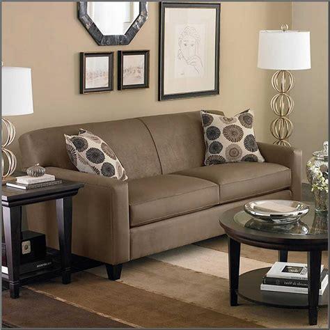 sofa ruang tamu sederhana dekorasi natal ruang tamu minimalis desain rumah