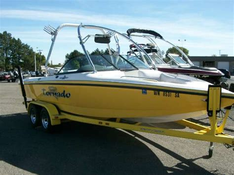 Boat Supplies Wenatchee by Used Ski And Wakeboard Boat Boats For Sale In Washington