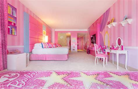 Inside The Barbie Room At Hilton Panama Pursuitist