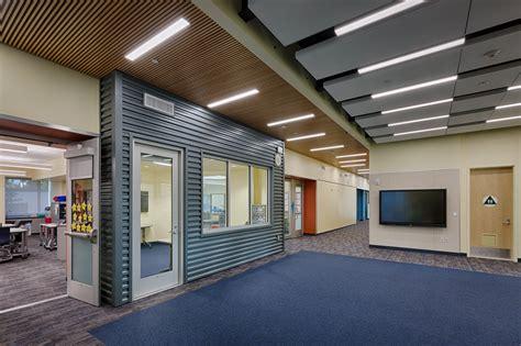 la entrada middle school classroom building xl construction