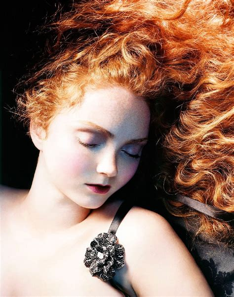 lily cole british vogue lily cole vogue www imgkid the image kid has it