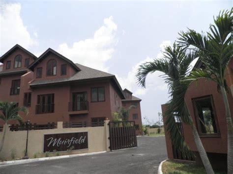 Apartment For Lease/rental In Kingston 6, Kingston / St