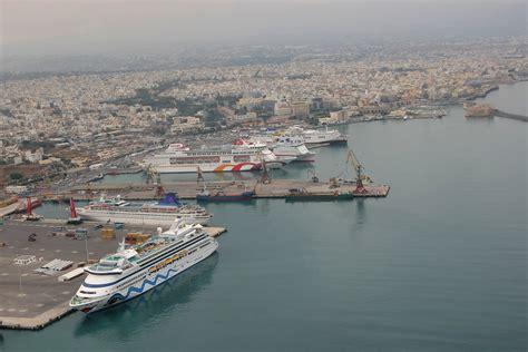 Greek Cruise Cluster Portal Badezimmer 6 M2 Wandfarben Italienisches Design Boden Bodenbeläge Einrichtungsideen Glastür Led Deckenleuchte Für